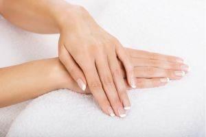iv.01.01.-manicure-tradycyjny